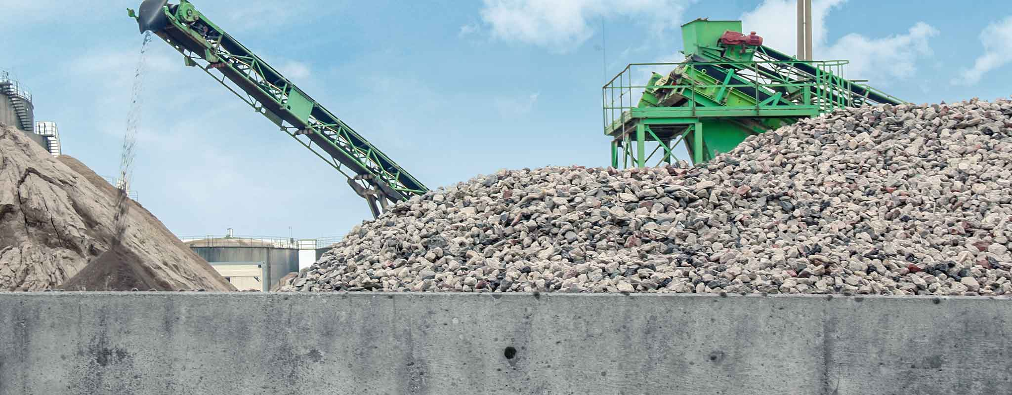 Recycled aggregates: production plant overview